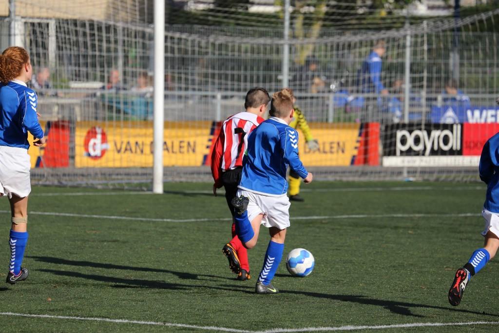 RKHVV D2G - Arnhemse Boys D1 0-1