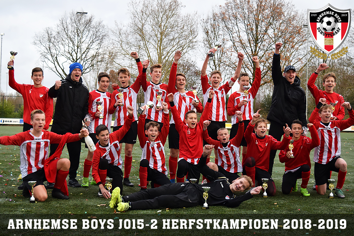 Arnhemse Boys Schuytgraaf JO15-2 najaarskampioen 2018-2019